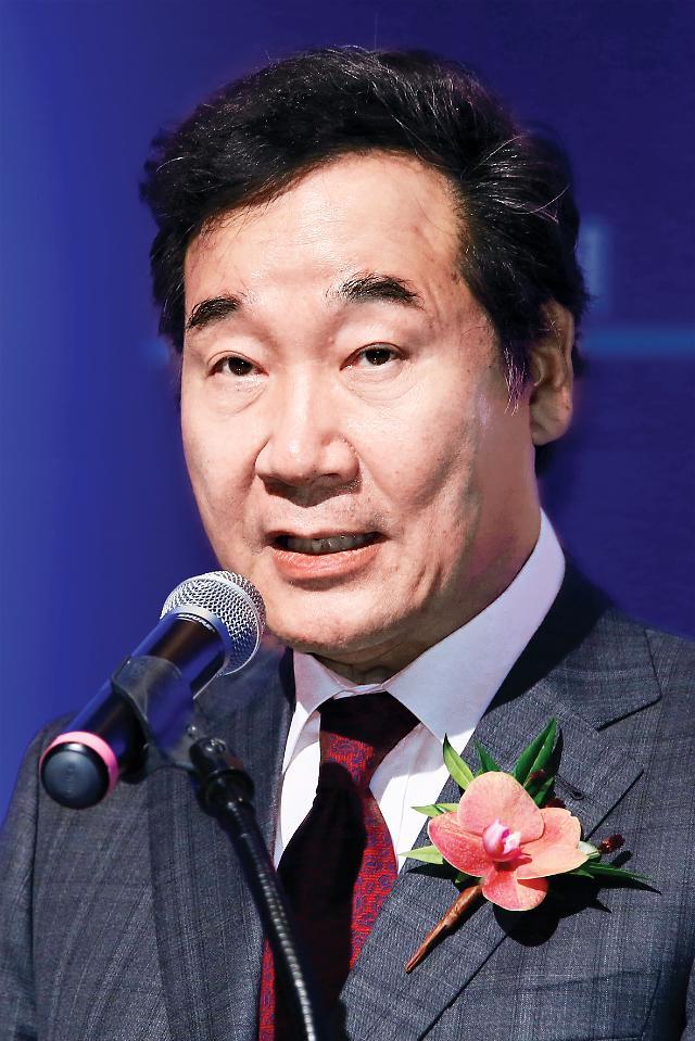 """일본 의원 만난 이 총리, 강제징용 배상 판결 """"사법부 판단 존중해야"""""""