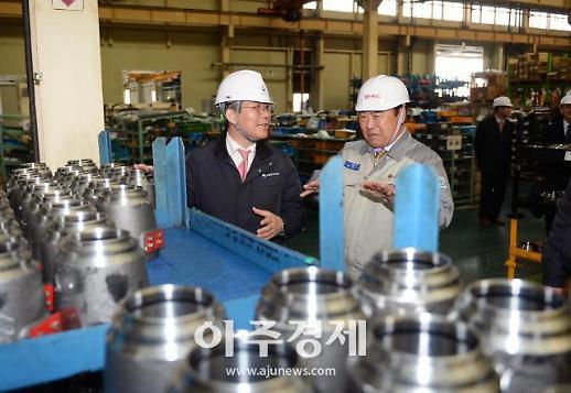[포토] 성윤모 산업부 장관, 수출 中企 방문…총력 수출지원 의지 강조