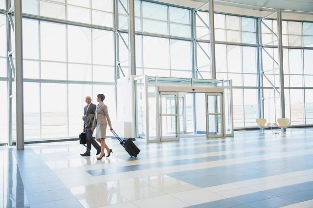 [여행 꿀팁]해외여행 저렴하게 가려면? 항공권은 일요일, 호텔은 금요일에 구매해야