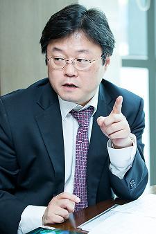 대한민국 외교,  사고의 대전환 필요하다