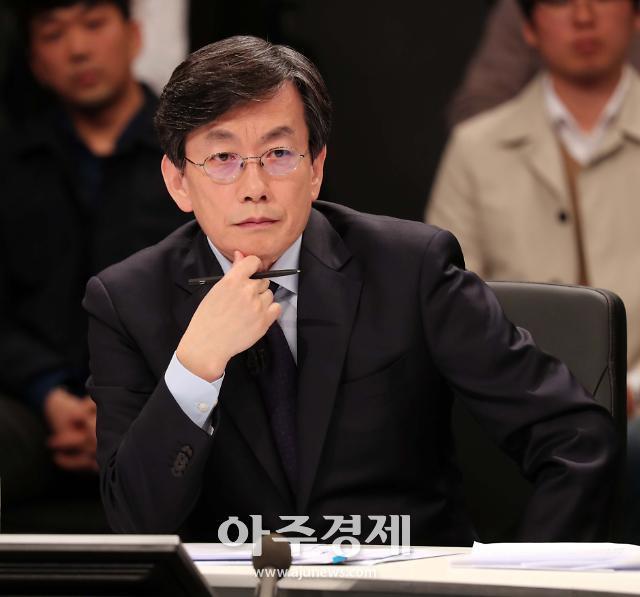 '경찰 출석' 손석희 어떤 조사받나…기자폭행·협박피해 동시 조사