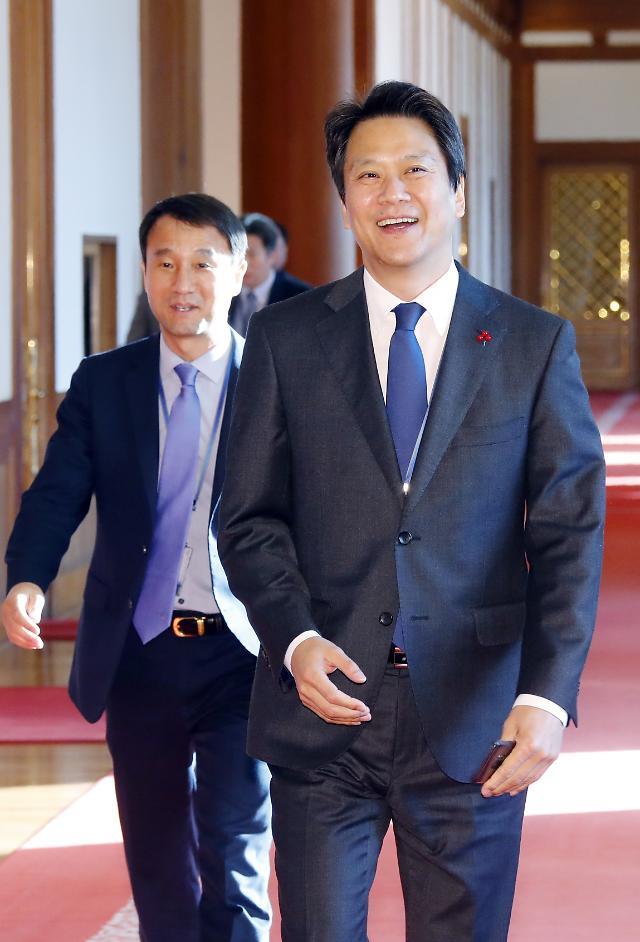 임종석, 민주당 복당 신청··· 총선 준비 돌입?