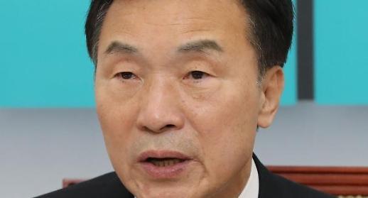 손학규 지역·이념 갈등 부추기는 한국당에 망연자실