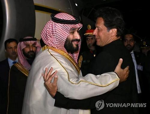 사우디, 맨유 인수설 근거 없어...파키스탄 등 아시아 투자