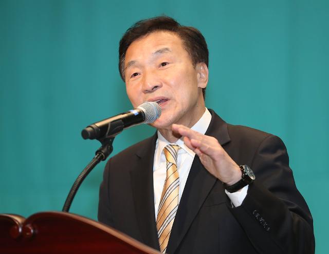 """손학규 """"아이들 돌봄은 사회적 책임…지역아동센터 돕겠다"""""""