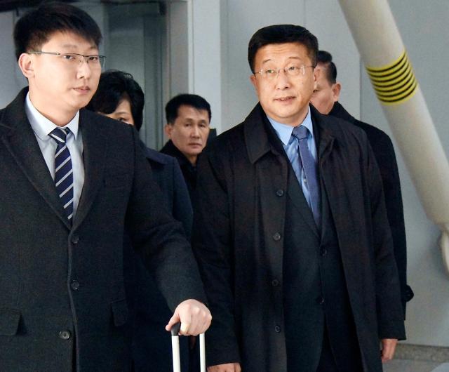 北김혁철 베이징 도착…곧 하노이로 떠날 듯