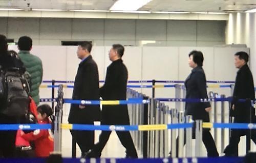 [중국포토] 북미정상회담 앞두고 北김혁철 베이징서 하노이행