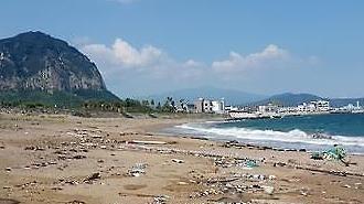 60% rác trên bờ biển Jeju là rác thải nhựa