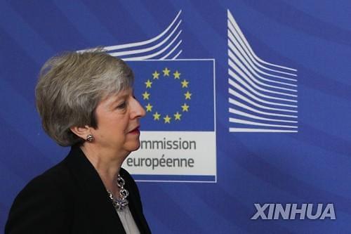 """브렉시트 미뤄지나...""""英메이, EU에 협상시한 3개월 연장 요청할 듯"""""""
