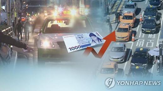 서울택시 요금 인상 7일차…택시 60%, 미터기 교체 완료