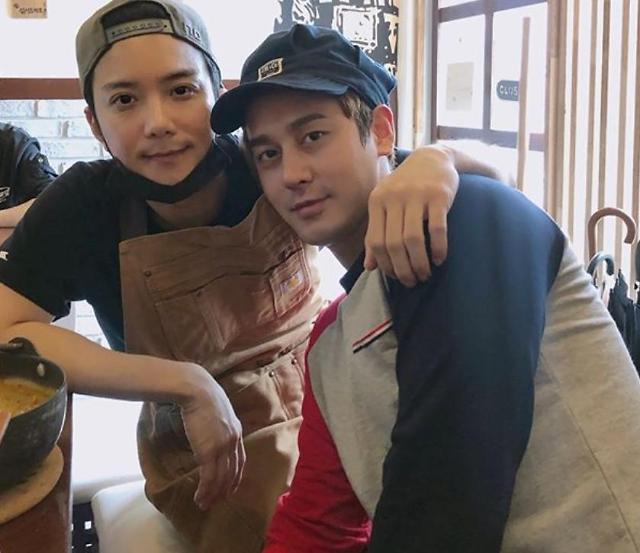 결혼 김상혁, 클릭비 우연석과 여전한 우정…변함없는 아이돌 미모