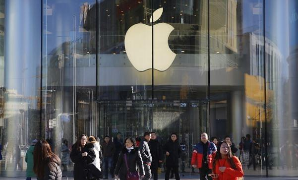 차이나쇼크 애플, 中서 아이폰 월 4만원대 무이자 할부 판매 나서