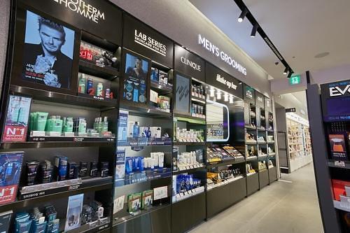 韩国男性彩妆产品热销 男生化妆成日常