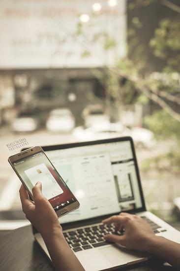 [아주 쉬운 뉴스 Q&A] 오픈 API로 금융생활이 달라진다