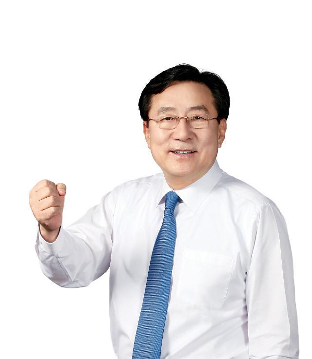 [닻 오른 김기문호] 제26대 중통령 김기문, 그는 누구?