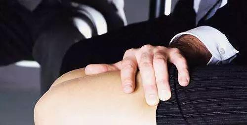 调查:八成职场人遭遇性骚扰后缄口不言