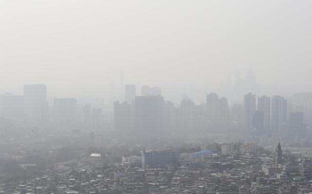 首尔市连续5天拉响严重雾霾警报