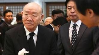 전두환, 내일 광주 재판 출석…23년만에 다시 '5·18 피고인'으로