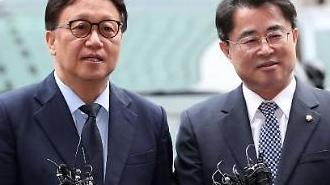 5·18 망언 고소한 민병두·최경환, 11일 경찰 출석