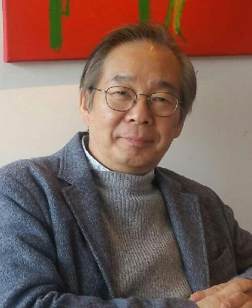 정치의 나라 한국, 경제의 나라 일본