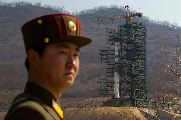 韩军严密关注朝鲜导弹试射动向