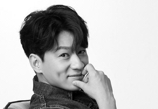 郑尚勋签约Jam娱乐 与曹政奭成同门