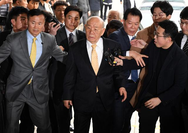 韩前总统全斗焕否认损害民运参加者名誉