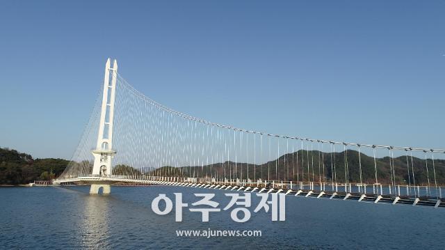 예산군, 국내 최장 402m 출렁다리 완공‧‧‧'내진 1등급 설계'