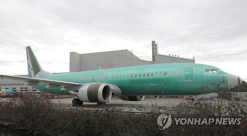 커지는 보잉 공포…미국도 737 맥스 날개 접었다