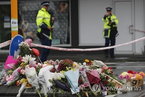"""뉴질랜드 테러에 총기법 개정 논란...""""사망자 50명으로"""""""