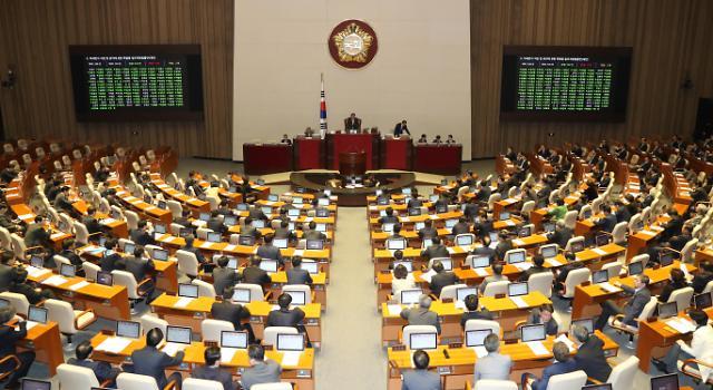 오늘부터 나흘간 대정부질문 시작…첫날 '선거제·사법개혁' 공방 예고