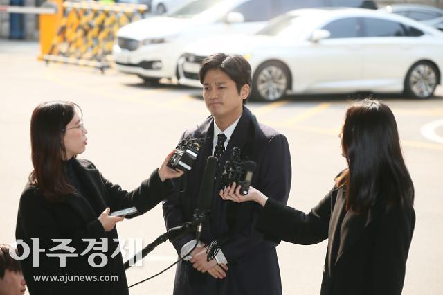 '김상교 폭행' 버닝썬 이사, 내일 영장심사…구속 여부 결정