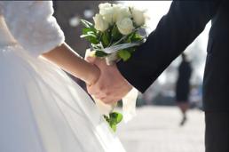 .韩国去年粗结婚率再创新低 仅5.0.