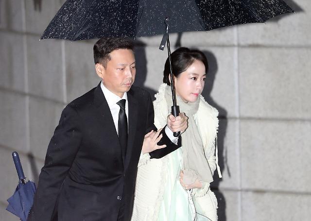 [포토] 정주영 제사 참석하는 노현정-정대선