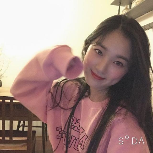 "[#SNS★] SKY캐슬 김혜윤 일상 모습 보니 ""청순함의 끝판왕"""