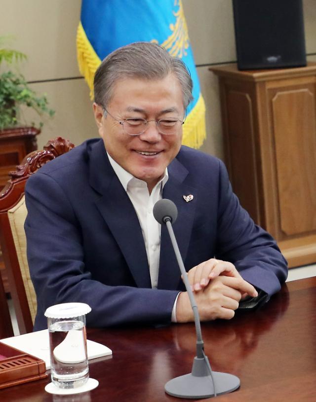 [한국갤럽] 文대통령 국정지지도 45%…전주 대비 1%p↑