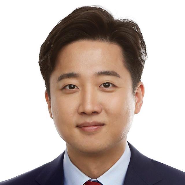 """이준석 """"유시춘 EBS 이사장 아들 마약 밀수...진보 반응 궁금해"""""""