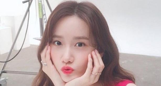소녀시대 윤아 성형설 잠재우는 셀카