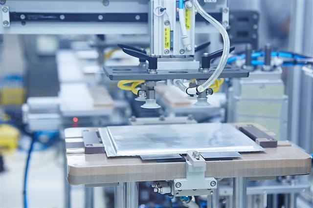 欧洲提倡电动汽车电池生产自主化 韩企或受打击