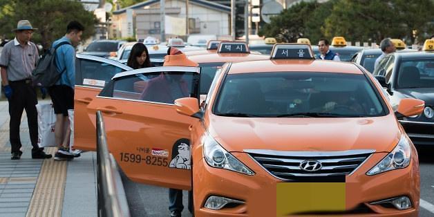 八成首尔市民认为出租车涨价后服务质量不会提高