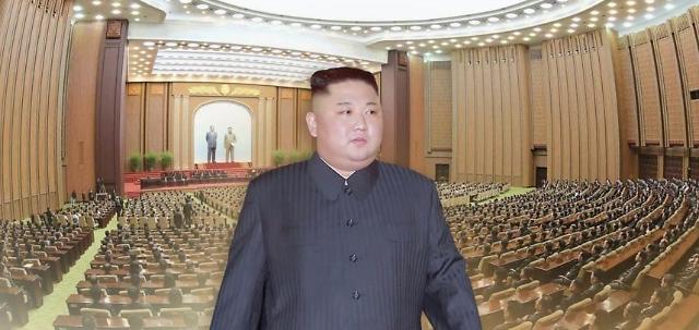 朝媒:金正恩出席第5次连长及连政治指导员大会