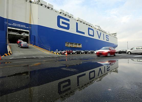 Hyundai Glovis partners with Swedish company targeting Europes shortsea car transport market