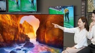 Samsung, LG cạnh tranh khốc liệt trong thị trường ti vi cao cấp