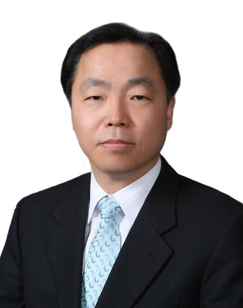 소상공인시장진흥공단 3대 이사장에 조봉환