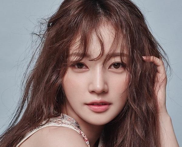 宋昰昀与JYP合约本月到期