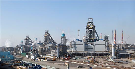 현대제철, 5300억원 투자…대기오염물질 '배출량 50%' 줄인다