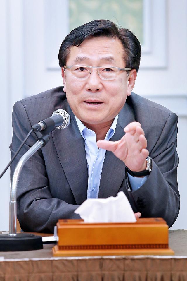 """김기문 중기중앙회장 """"스마트한 중소기업 일자리 만들 것"""""""