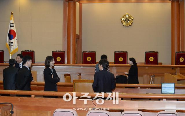 헌법재판소, 오늘 오후 2시 낙태죄 위헌 여부 가린다