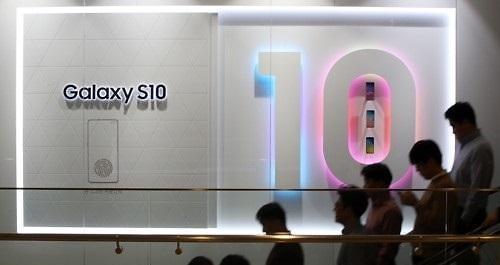三星Galaxy S10在美国首周销量比S9系列高16%