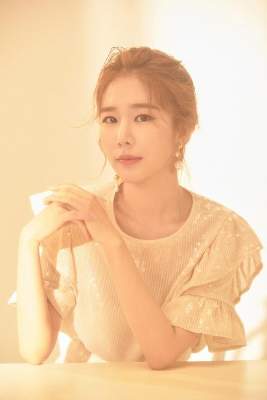 演员刘仁娜成为韩广告界宠儿